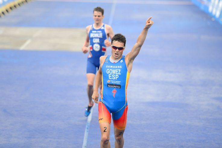 Triathlon is an immense #physical and #psychological #challenge. #JavierGomez is truly one of the fittest persons and the winner of #ITU #Triathlon #WorldChampionship #inspiration #Fitness #MKM915 #Justdoit #Specialized