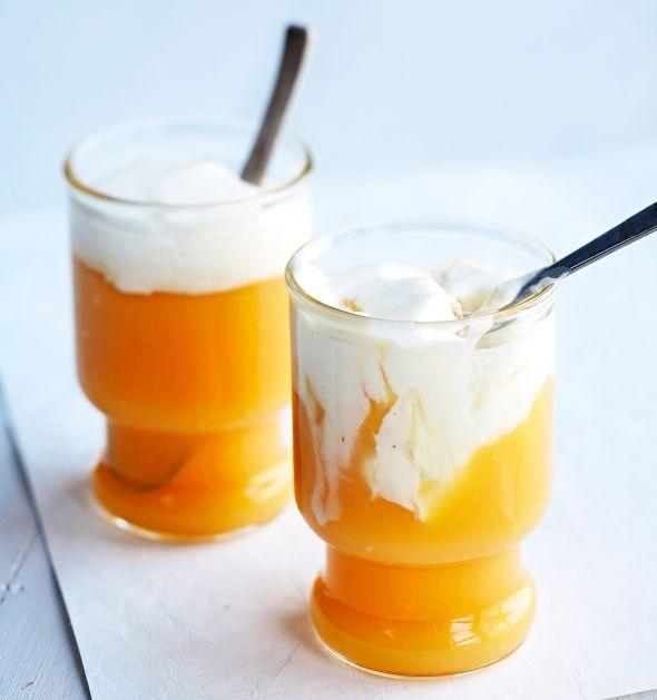 Appelsiini-sitruunakiisseli ja ja mascarpone-marenkikerma, resepti – Ruoka.fi