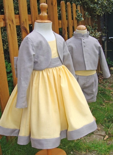 cortège enfant jaune et gris