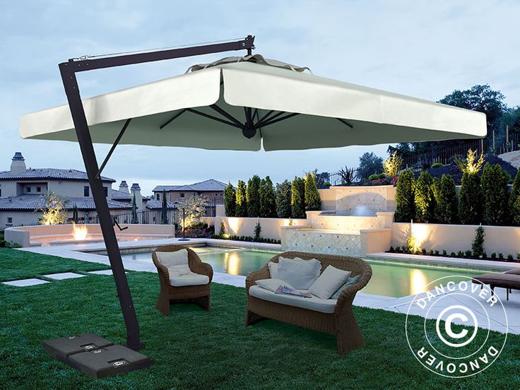 CANTILEVER PARASOL LEONARDO BRACCIO WITH VALANCE, 3X4 M, ECRU Top of the line cantilever parasol in an exquisite handmade Italian quality. The beautiful and exclusive parasol has a very elegant and modern design. Frame in coated aluminium that will maintain the beautiful finish for many years without any maintenance.