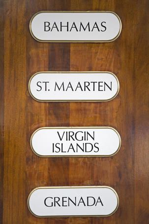 How to choose a Caribbean island -