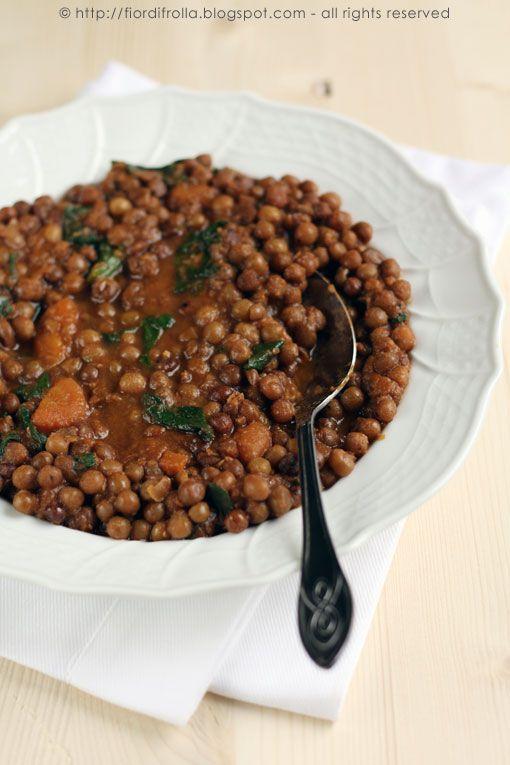 Zuppa di lenticchie (o ceci) alla paprica e cumino #recipe #juliesoissons