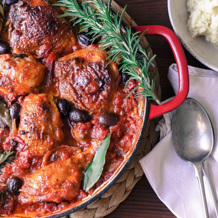 You should definitely make this Hearty Chicken Cacciatore for dinner tomorrow night.