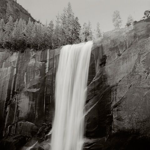 These are some really great landscape photos of Yosemite by Scott Mansfield.