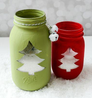DIY Easy Christmas mason jar luminary // Karácsonyfa mintás karácsonyi mécsestartó befőttesüvegből // Mindy - craft tutorial collection // #crafts #DIY #craftTutorial #tutorial #Upcycling #RecyclingCraft #UpcyclingCraft #MasonJarCraft #Glass