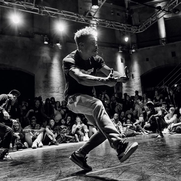 Macht mit beim 3vs3 Dancebattle und gewinnt 500€ Cash 🤑  #thestreet #hiphop #dancebattle #500€ #preisgeld #tanzbattle #flashpforzheim #party #feierei #event #feier #pforzheim #stuttgart #mannheim #heidelberg #karlsruhe #tänzer #freitag #pinterest #like4like #follow4follow #likeforlike #followforfollow #nachtleben #nightlife #dancebattle #dance