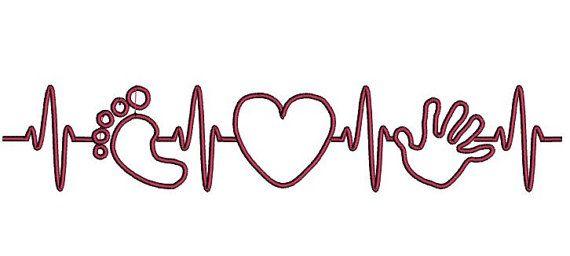EKG hart klopt voor de baby. Hand print borduurwerk. Voet afdrukken borduurwerk.  Baby douche cadeau. Geschenk voor toekomstige ouders.