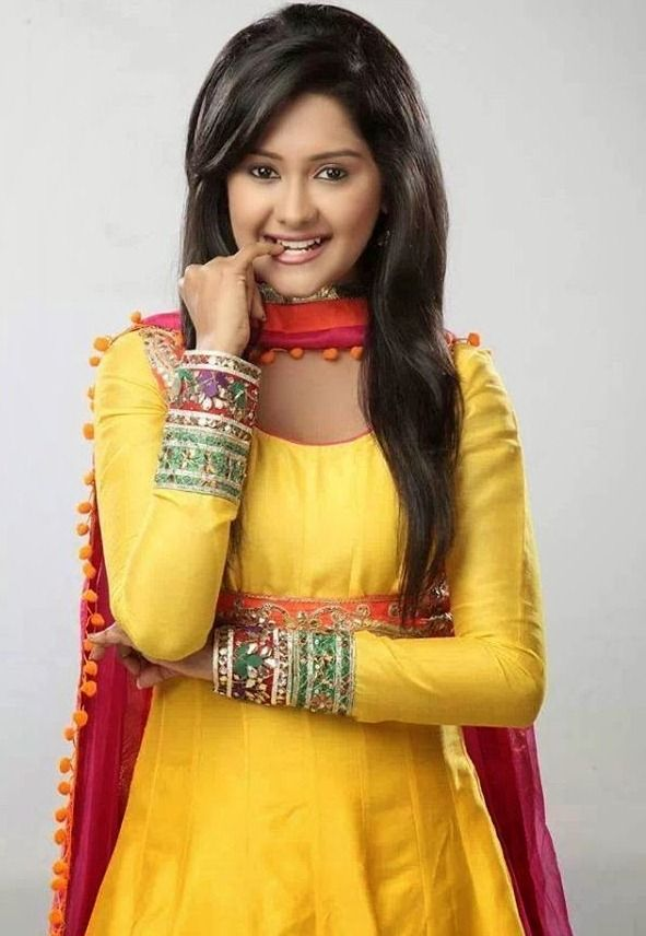 Kanchi Singh is an Indian television actress. She was born on 27 March, 1991 in India. She started her career as a child artist when she made her appearance in the television show Kutumb.
