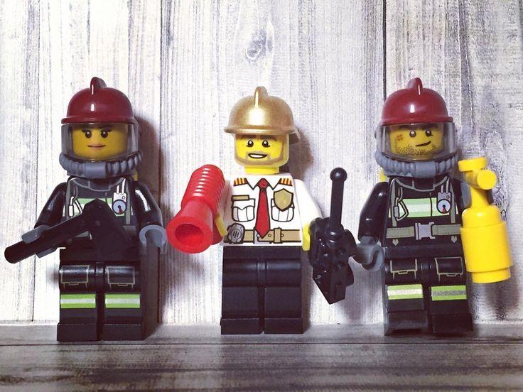 新しく仲間入りした働き者の人達    #lego#legocity#レゴ#レゴシティ#fireman#레고스다그럼#minifig#legostagram#toystagram#bricknetwork by cheonkaeguri