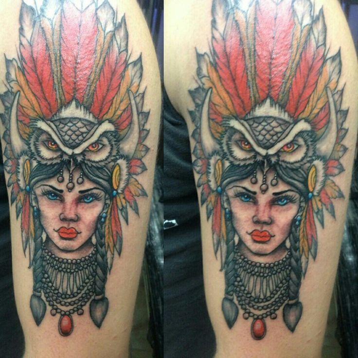 Mujer nativa americana Tatuaje hecho por Pablo Lozada Colombia Bogotá Kennedy #demencialst.
