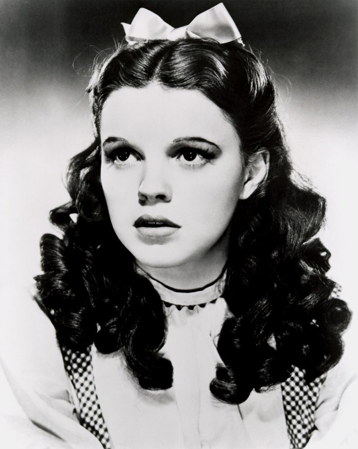 "Judy Garland: Best known for her role in the novel-turned-film ""The Wizard of Oz"" (1939); one of MGM's most bankable actresses; had success in her variety musical TV program, The Judy Garland Show (1963-1964);"
