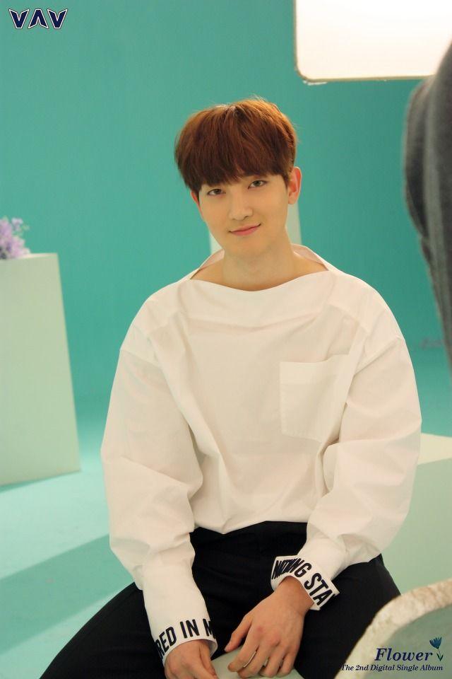 Ziu   [Behind the cut] VAV - MV 'Flower' cr. VAV official Fancafe