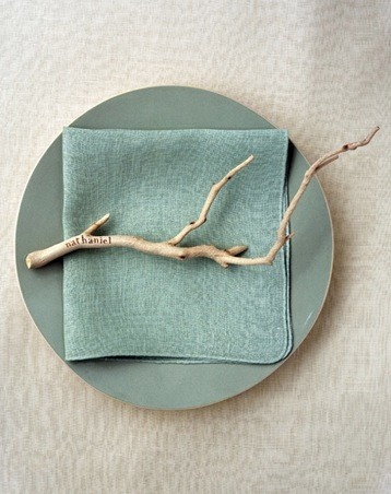 Sweet nature inspired twist on the placecard.