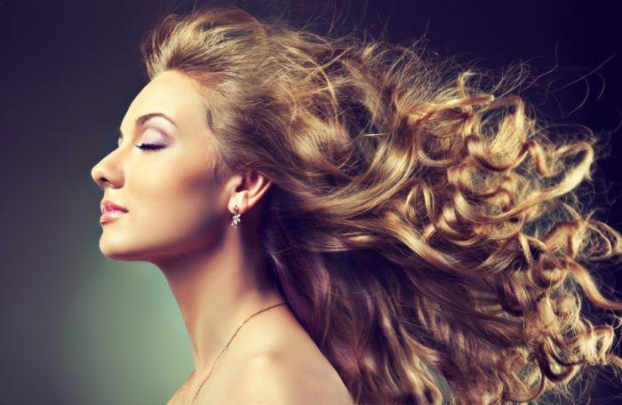 Как придать объем волосам без укладки: хитрости и секреты