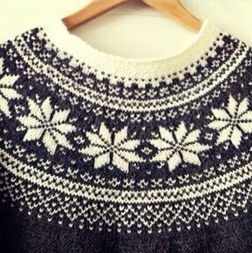 Norwegian Knitting Patterns : Beautiful Norwegian Sweater-Pattern - Digital Download PDF - Feminine?
