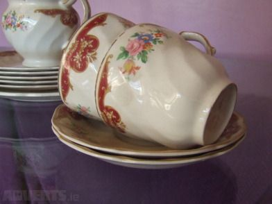 """Lovely Vintage Tea-Set - 1940's Johnson Brothers """"Old Chelsea"""" teaset. Includes 4 x cups, 4 x sauc..."""