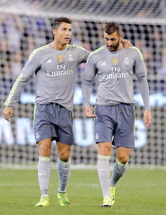 Cristiano Ronaldo & Karim Benzema - Real Madrid | Leyendas ...