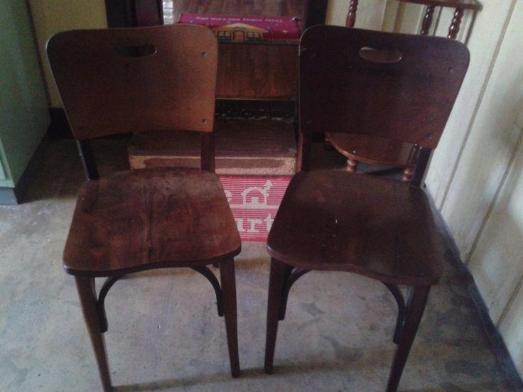 2 Cadeiras Antigas Moveis Cimo Em Ótimo Estado Década De 60 - R$ 380,00 no MercadoLivre