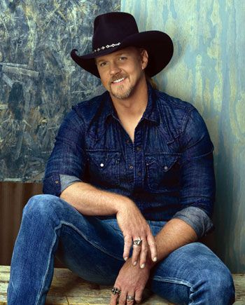 TRACE ATKINS borrn in Louisiana www.traceadkins.com