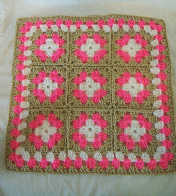 Crochet Pattern For Doll Blanket : 1000+ images about Crochet - doll blanket on Pinterest ...