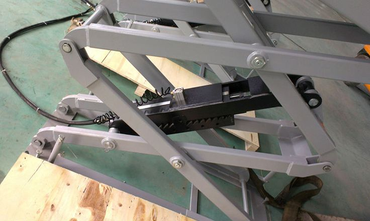 4.Hydraulic Scissor Welding Manual Car Lifter Hydraulic Scissor Welding Manual Car Lifter,Car Lifter, Hydraulic Car Lifter Chinacoal10 www.chinacoal.com m.chinacoal10.com  Features: 1.Turnplate is mobile and available for various kind of car. 2.All the motor pumps and seal kints of cylinder are import from Italy 3.All the hydraulic cylinder are import from Taiwan. 4.Inside of cylinder assy has the special treatment and make sure that is doesn't leak oil. 5.24V control system and limited…