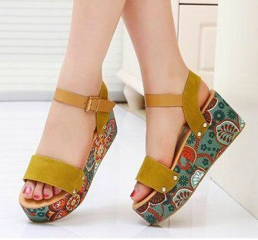 casual and comfortable sandals from edlwise by DaWanda.com