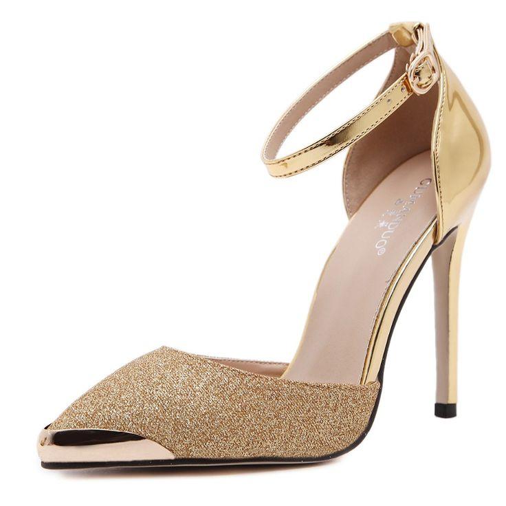 Encontrar Más Bombas de las mujeres Información acerca de Nuevo de las mujeres bombas tacones altos mujer zapatos de fiesta de la boda del metal de punta estrecha zapato con cierre de hebilla de tacón de aguja zapatos de tamaño 35 40, alta calidad zapatos de tacón alto, China altos talones de la mujer Proveedores, barato zapatos de tacón de aguja de Run together en Aliexpress.com