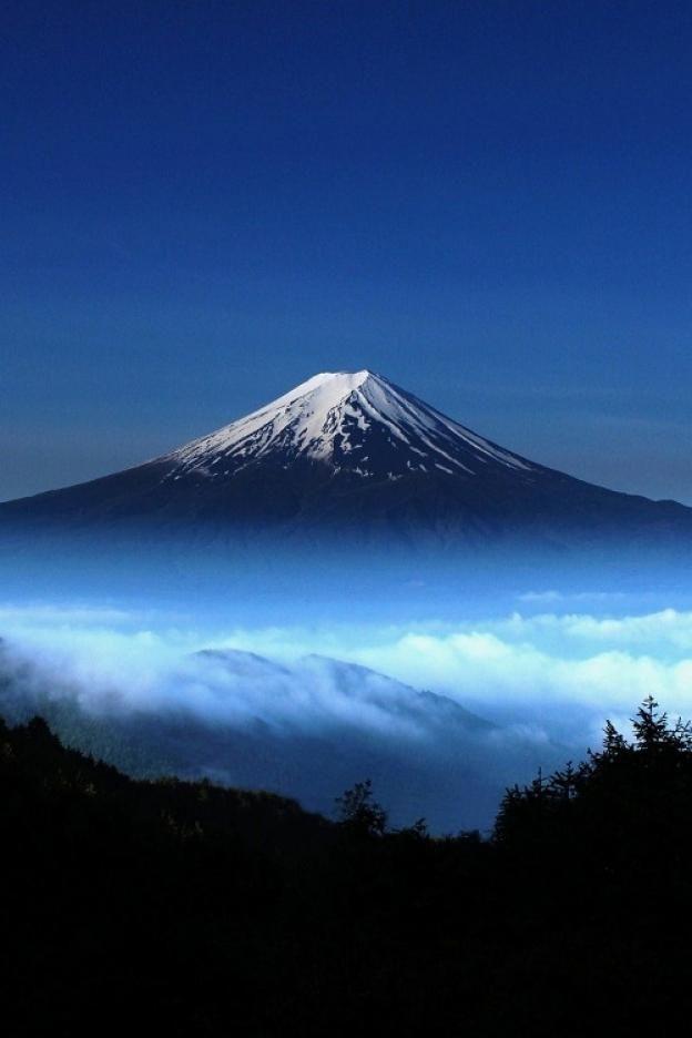 "beethovensteaparty: ""Mount Fuji, Japan """