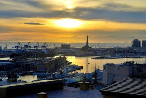 Genova da Spianata Castelletto