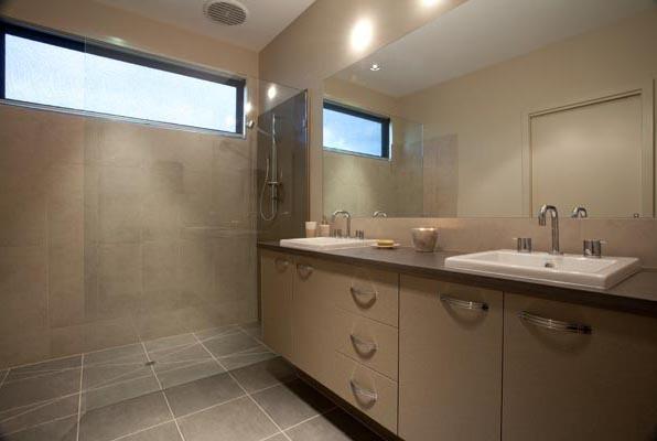Hotondo Homes - Dakota Bathroom