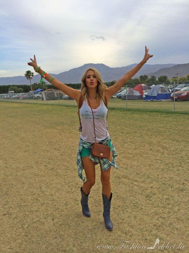 Coachella // Stagecoach Style: Green cutoff shorts, blue ...