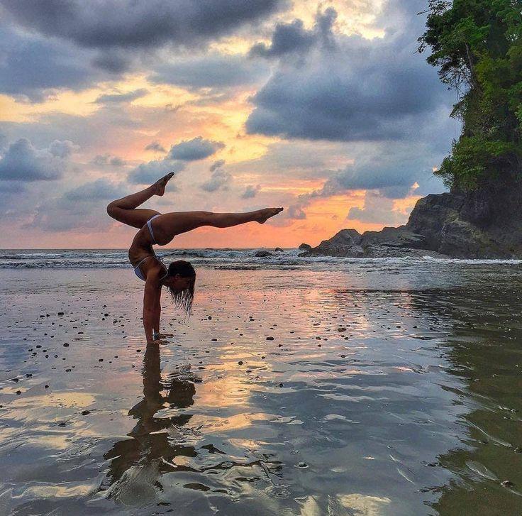 Över 1 000 bilder om Namastetics || Yoga Goals på PinterestHundar ...