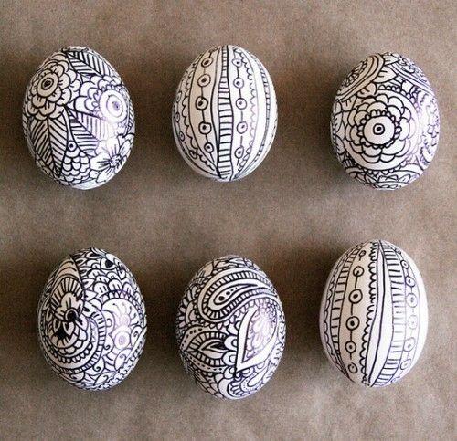 Ostereier in Schwarz Weiß festlich abstrakt