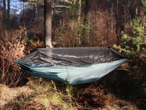 Frontline Hammock  - DD Hammocks  Bra hängmatta med myggnät som inte väger allt för mycket.