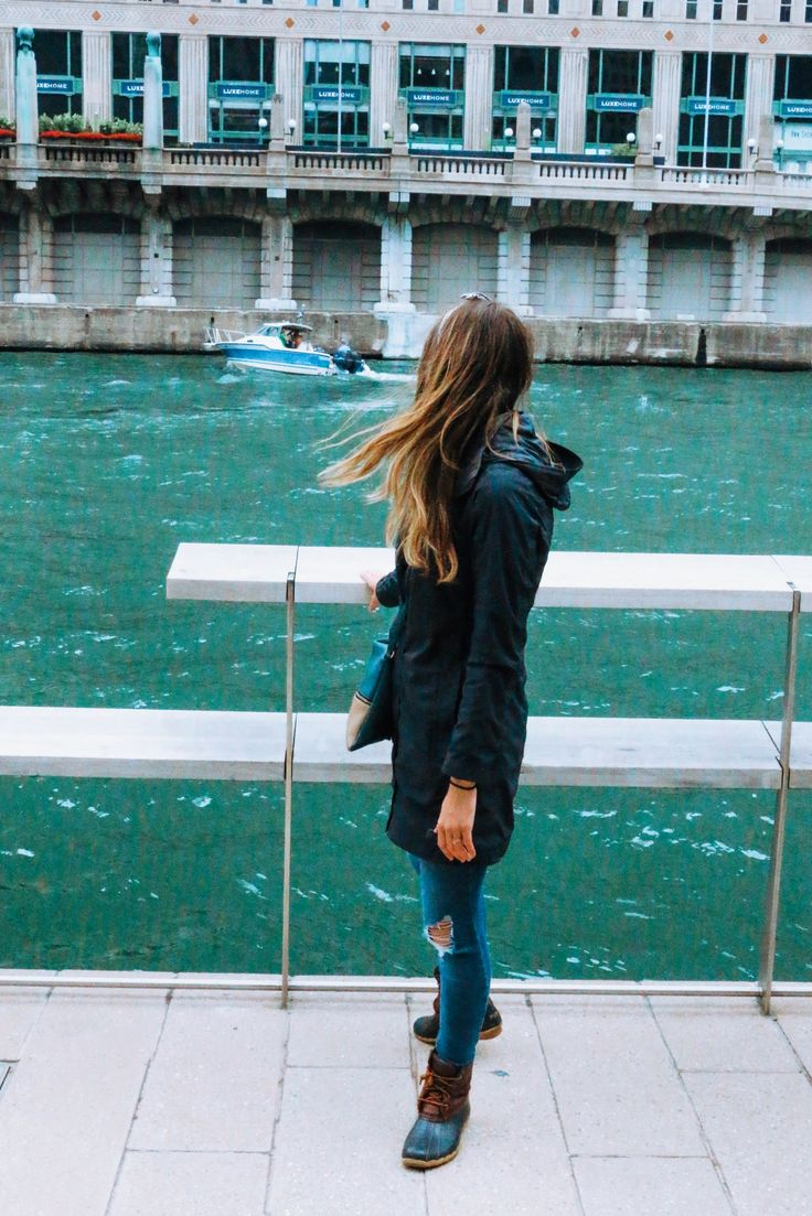 How to Fight Against Comparison | Chicago River | Chicago Street Style | Women's Rain Coat | Winter OOTD | Windy City | Duck Boots | #chicago #ootd #r…