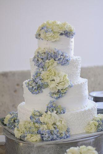 Our wedding cake #hydrangeas