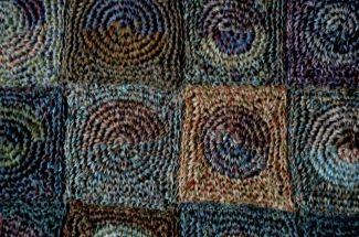 "Grand châle crochet main Sophie Digard en lin - ""Be Pop"" - gris bleu"