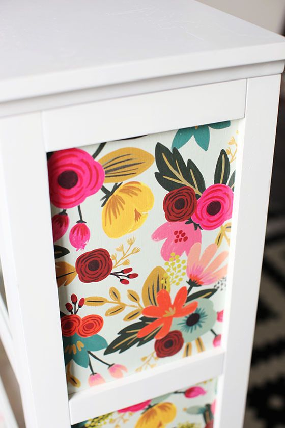 Decoupage Furniture ♪ ♪ ... #inspiration #diy GB http://www.pinterest.com/gigibrazil/boards/
