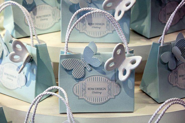 Borsetta #bomboniera con farfalla in ceramica RDM design.