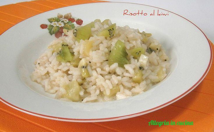 RISOTTO AL KIWI http://blog.giallozafferano.it/allegriaincucina/risotto-al-kiwi/