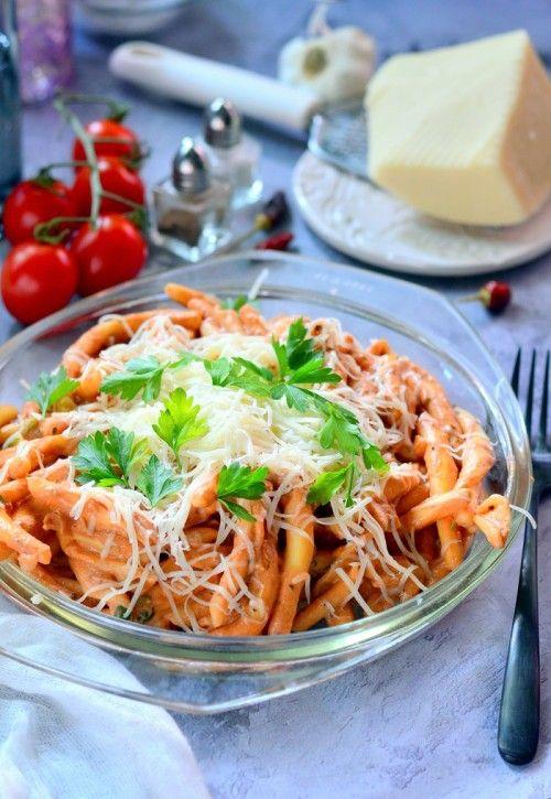 Egyszerű paradicsomos tészta recept