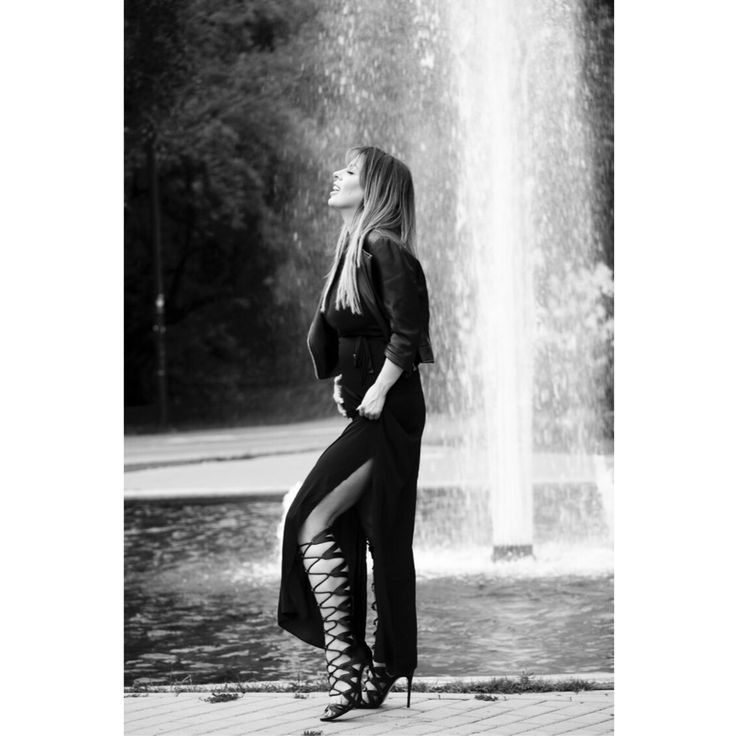 Instagram @ivonagulbas