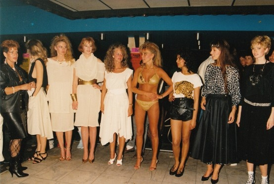 End of the show. 1985 / Disco Hollywood