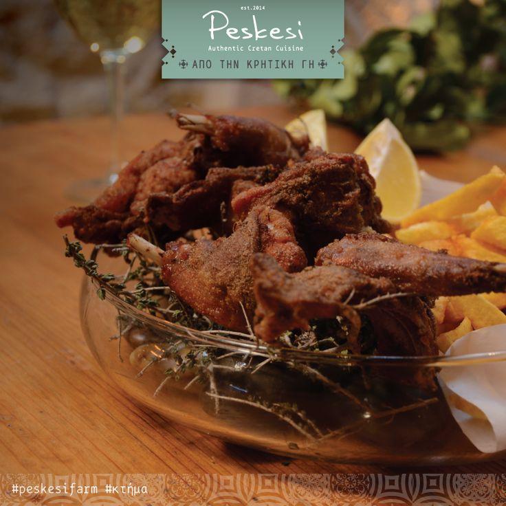 Οι Κρητικοί λατρεύουν το κρέας του κουνελιού και το μαγειρεύουν με πάρα πολλούς τρόπους. Το κρέας του κουνελιού είναι άπαχο και υγιεινό, πλούσιο σε υψηλής ποιότητας πρωτεΐνη και πολύ φτωχό σε λιπίδια. Εμείς στο Peskesi, τηρούμε την παράδοση & εκτρέφουμε τα δικά μας κουνελάκια στο #κτήμα μας που τρέφονται με άγριο θυμάρι, ρίγανη και αρωματικά της Κρήτης. Από τους καλύτερους μεζέδες μας! #peskesifarm