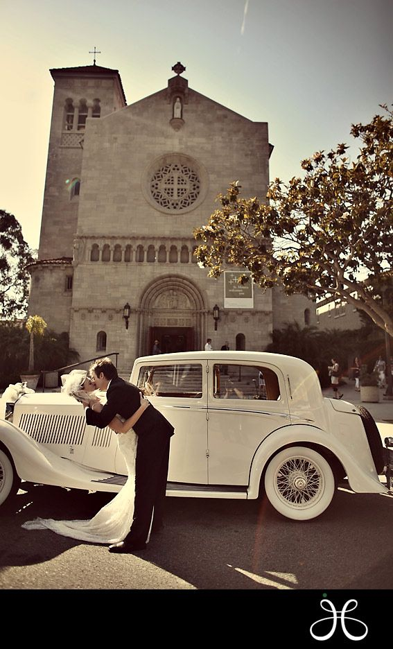 oooh can one of my weddings this summer please have this car available for pics! ;)
