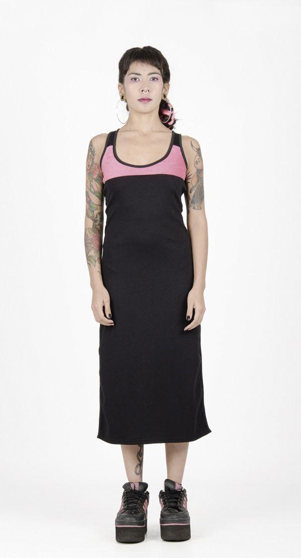 Vestido largo Trintán Pink Towell para mujer. Ropa y #accesorios para #mujer de Arteporvo, fabricadas en #Barcelona con alta calidad. #arteporvo #vestido #dress #trintanfinktowell #pink #arteporvoesunestadomental #femalefashion #female #alternativefashion #urbanfashion #rave #style #dresses #arte #art #BCN #pinktowell #modachica #mujer https://arteporvo.com/ropa-accesorios/vestido-largo-trintan-pink-towell/