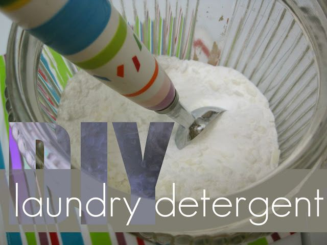 Detergent DIY : Recipes and tips for making your own laundry detergent on Polka Dot Soup