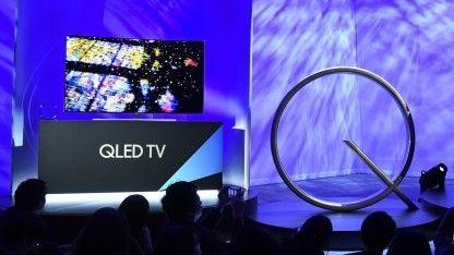 Samsungs kommende QLED-Fernseher-Generation wird nicht günstig. Die ersten Preise deuten auf ein ähnliches Niveau wie bei OLED-TVs hin. Gerade bei Fernsehern tut sich damit