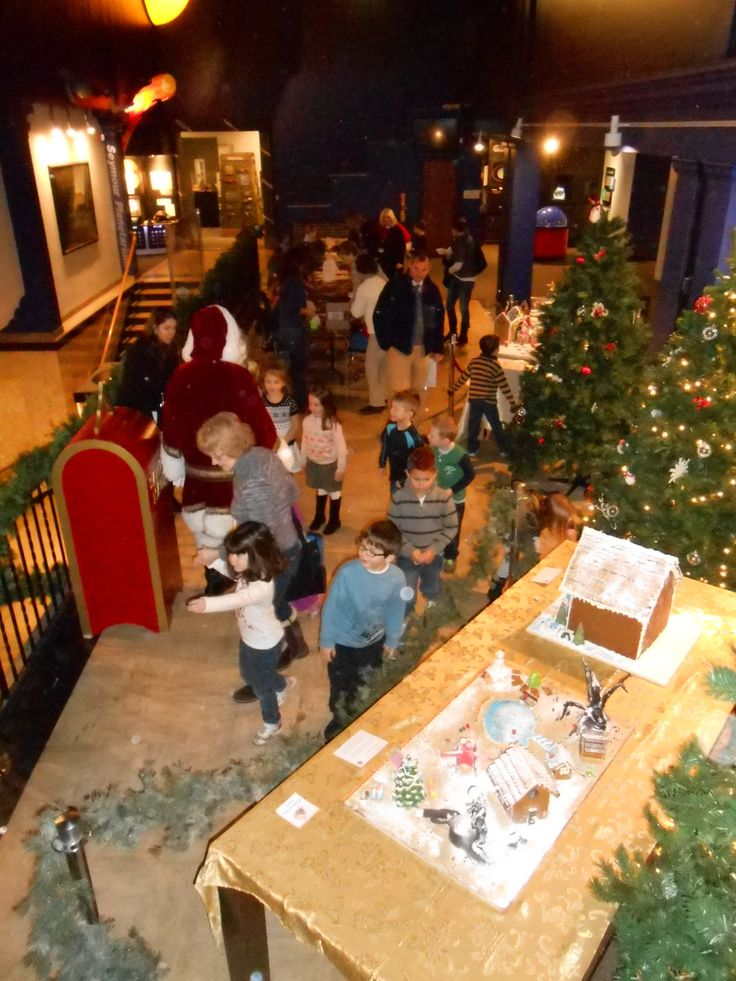Preschool students post their letters to Santa during a Preschool Holiday Day at the Springfield Science Museum.Preschool Holiday, Student Post, Schools Programs, Letters To Santa, Science Museums, Preschool Student, Springfield Science