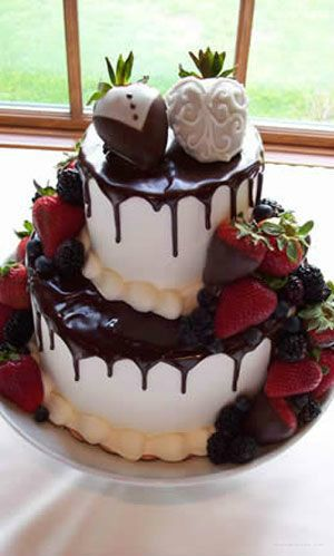 I've decided my wedding cake shall have lots of chocolate covered strawberries.